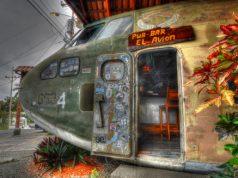 Avion Manuel Antonio