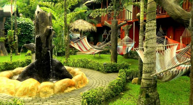 Arenal Hostel Resort