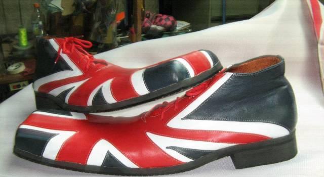 Foto tomada de FB Melendez Sanchez Zapatos DE payaso